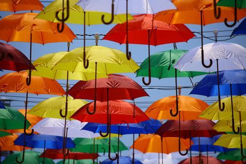 paraplugesprek vertel de kinderen over de scheiding van  ouders